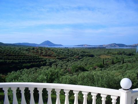 19 Hafen + Marina von Pilos