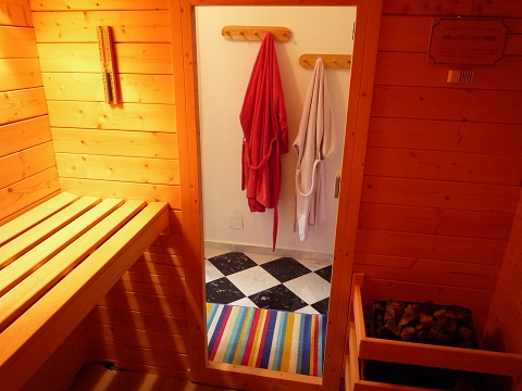 27 anteroom of the sauna