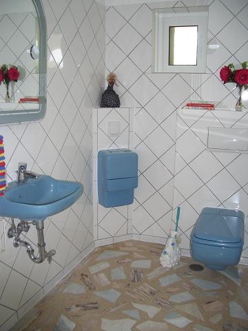 28 Gast-WC